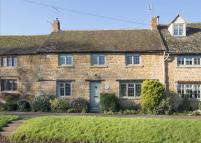 Cottage for sale in Longborough...