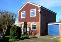 3 bedroom Detached property in THATCHAM, Berkshire
