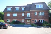 2 bed Ground Flat for sale in 8 Bath Road, THATCHAM...