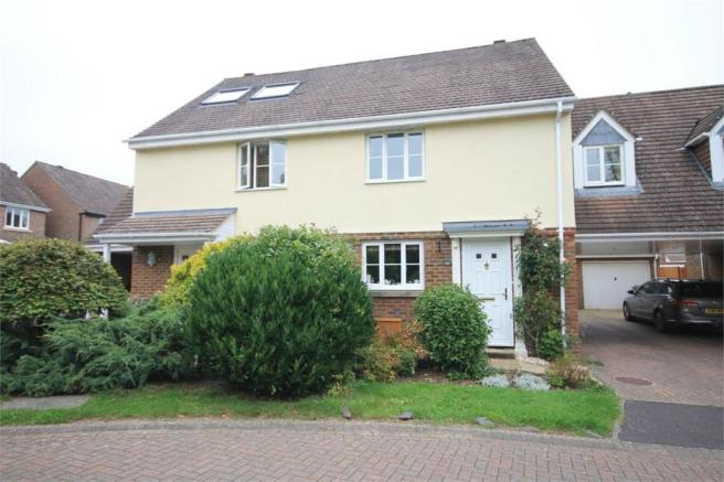 3 bedroom semi detached house for sale in kingsclere newbury hampshire rg20