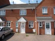2 bed house in Hatch Road...