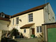 Well Street semi detached house to rent