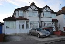 5 bedroom semi detached property in Lynton Avenue, London