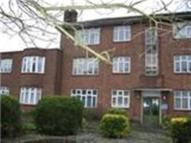 Apartment to rent in Canons Park Close...