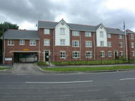 Flat to rent in BENCHILL ROAD...