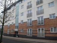 2 bedroom Flat to rent in Metro House...