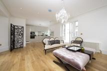 Flat for sale in Campden Hill Gardens...