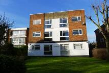 2 bedroom Flat in Chislehurst Road, Sidcup...
