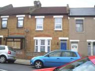 2 bed Terraced home to rent in Speranza Street, London...