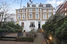 1 bed Flat in Holland Park Avenue...
