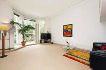 Flat for sale in Holland Park, London, W11