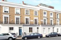 2 bed property in Penzance Place...