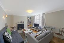 Terraced home to rent in Princedale Road...
