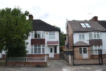 3 bed semi detached house in Creswick Road, London, W3