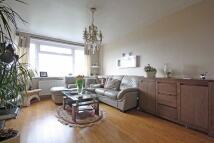 Flat to rent in Lambourn Close...