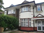5 bed semi detached property to rent in Southdown Avenue...