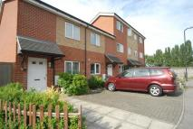 Apartment to rent in Perth Close, Northolt...