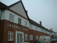 2 bed Flat to rent in Cromwell Court...