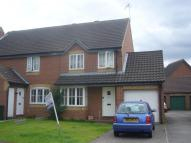3 bedroom property to rent in Canterbury Close...