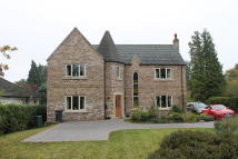 4 bedroom Detached property in Foxwood Grove, Edenthorpe