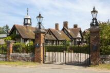 Link Detached House in Wolferton Village...