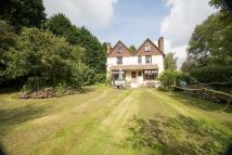 5 bed Country House in Chitcombe Road...