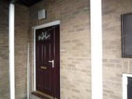 2 bedroom Flat in Elder Grove Mews...