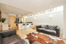 2 bed Ground Flat to rent in Stephendale Road, London...