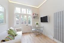 1 bedroom Ground Flat in New Kings Road, London...