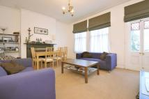 3 bed Flat in Harwood Road, Fulham, SW6