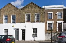 2 bed house in Clapham Manor Street...