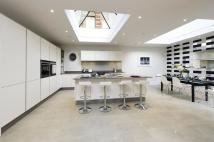 5 bed house for sale in Wardell Mews...