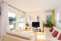 3 bed Flat in Victoria Rise, London...