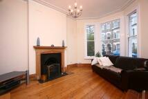 2 bedroom Ground Flat in Mayflower Road, London...