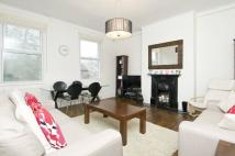 2 bed Flat to rent in The Chase, London, SW4