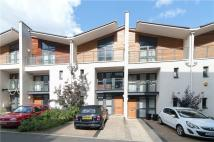 4 bed Terraced house to rent in Scott Avenue, London...