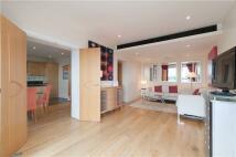 3 bedroom Flat in Putney Wharf Tower...