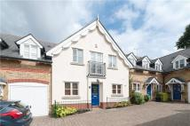 Angel Mews Terraced house to rent