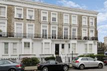 2 bed Flat for sale in Lamont Road, London, SW10
