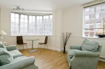 Flat to rent in Chelsea Cloisters...