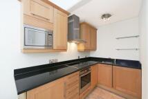 Flat to rent in Egerton Gardens, London...