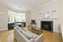 Ground Flat to rent in Lennox Gardens, London...