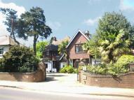 6 bed Detached property in Barnet Road, Arkley...