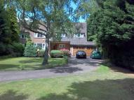 5 bedroom Detached property in Barnet Road, Arkley