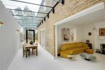 4 bed semi detached home for sale in Hadley Highstone, Barnet...