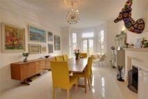 5 bed Detached house for sale in Tudor Road, Barnet...