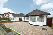 4 bed Bungalow in Old Fold View...