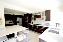 5 bedroom Detached home for sale in Lyonsdown Road, Barnet...