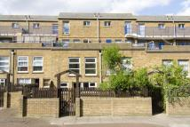 3 bed Flat in Broke Walk, London, E8