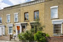 2 bed home in Oriel Road, London, E9